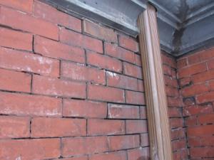 missing mortar in brick masonry