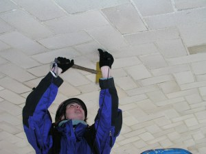 Hammer-sounding a Guastavino tile ceiling